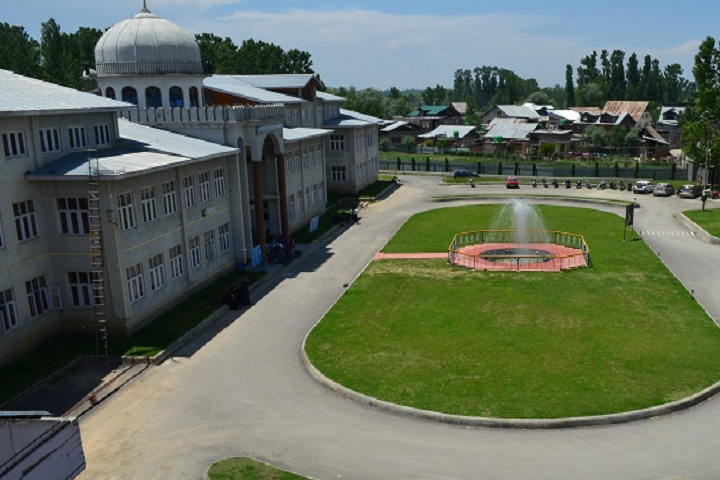 https://cache.careers360.mobi/media/colleges/social-media/media-gallery/25912/2019/9/28/Campus View of Iqbal Institute of Technology and Management Srinagar_Campus-View.png